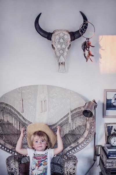 Peacock chair & mini cowboy