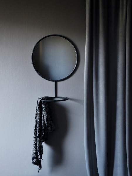 Reflection Mirror / Lovisa Hansson