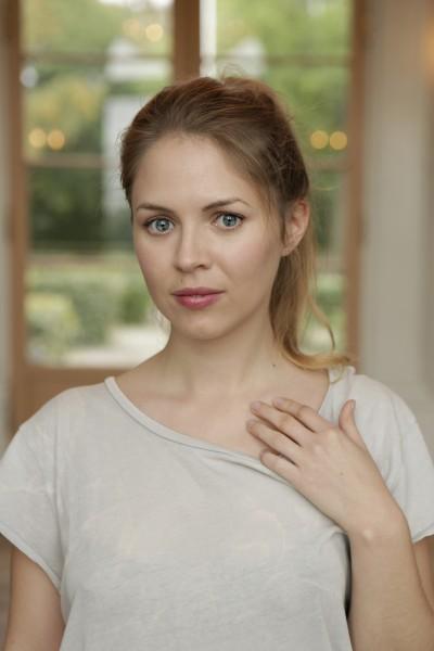 Alexandra Dahlström / Elle